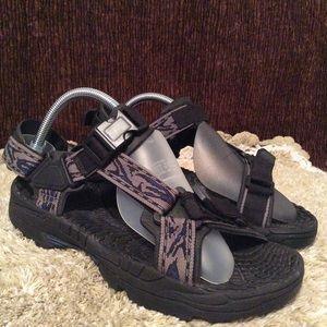 Bass River Men's Black Blue Sandals Sz 8M